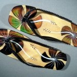 Touch-Sensitive-Color-Changing-Sandals-160