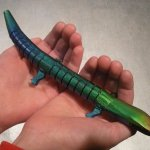 Touch-Sensitive-Color-Changing-Wood-Lizard1-021