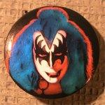 new_Kiss-Button3