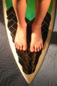 Surfboard-Feet1